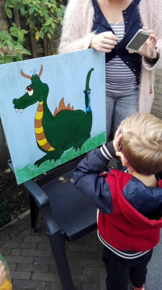 Vind de staart van de draak!