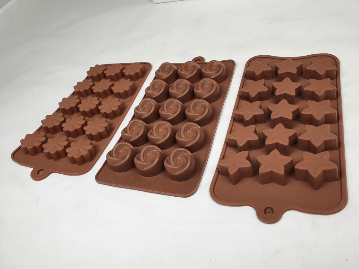 Chocolademallen met diverse vormen